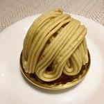 マリエ - 料理写真:和栗のモンブラン
