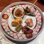 77401877 - 前菜 カステラ豆腐・ローストビーフ・つぶ貝のうま煮・野菜のトマト煮・柿の白和え