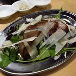 77405182 - 熟成蝦夷鹿チーズ                       一通り頂きましたがダントツで蝦夷鹿熟成肉が旨い、美味過ぎる!!