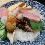 海仙 亀多寿司 本店 - 海仙丼