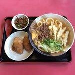 博多うどん小麦屋 - 肉ごぼうセット   ¥880