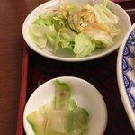 Chuugokuryourisui - サラダとザーサイ