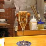 AU GAMIN DE TOKIO - グラス シャンパン