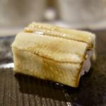 NARUMI - [2017/11]寿司⑧ 対馬産煮あなごの握り