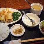 華厨香 - 春巻き&海老天定食