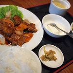 華厨香 - 酢豚定食