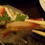 タマヤ - ホッキ貝とミョウガの酢漬け