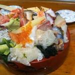 幸寿司 - びっくり丼大盛(税込2000円)