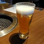 77425161 - 生ビールでカンパ~イ♪