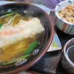 びっくりうどん 三好野 - 連れが食べた、天ぷらかやくご飯付きセット蕎麦