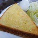 みなと茶屋 - アーモンドトースト