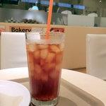 ジオ オーガニックカフェ - アイスティー300円