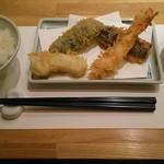天ぷら新宿つな八 - 昼善