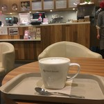 カフェ ソラーレ - 店の中央部の2人席に座ったのだ