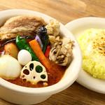 スープカレーディップ - 濃厚スープ もち豚の角煮 北海道産舞茸・チーズ(炙り)トッピング