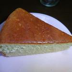 バターケーキの長崎堂 - 中の八分の一切れ