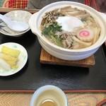 あずま茶屋 - 料理写真:鍋焼きうどん