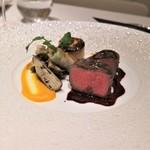 メゾン タテル ヨシノ - 和牛ランプのポワレ 赤ワインソース