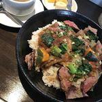 肉×2食堂 USAGI - 料理写真: