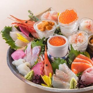 新鮮な北海道産鮮魚、食材を使用した逸品が盛りだくさん