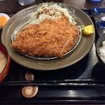とんかつ瓢 - 料理写真:上ロース定食    味はグー✊値段もグー✊フロアオペレーションがちょいとなぁ!まぁでもレベル高しです!