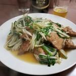 宝来 - レバニラ炒め。野菜はしゃきしゃき、塩味控えめ。