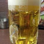 やきとり家すみれ - 生ビール中ジョッキ通常398円が190円