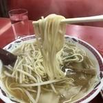 江洋軒 - 太めのストレート麺、腰なんて無いし「カタ」「バリカタ」なんて通りませんから(2017.12.4)