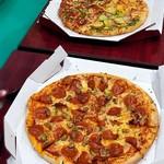喫茶チズ - ケータリングでピザを注文