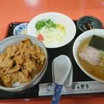 ばんがり - 焼肉丼 半ラーメンセット 通称ヤキハン 1000円