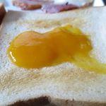 楽園の果実 - トーストにマンゴージャム