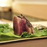 すきやばし 次郎 - ☆鰹の藁焼き