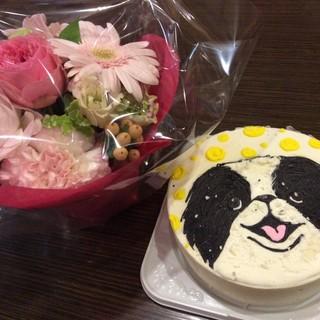 お祝いケーキ持ち込み&発注も賜ります♫