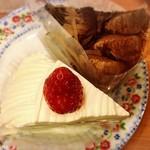 不二家レストラン - イタリアンショートケーキ、チョコ生ケーキ