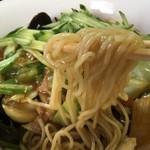津香飯店 - 五目麺(汁無し) 麺リフト