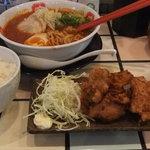 京家 - タカララーメンの唐揚セット