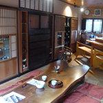 大野町きょう屋 - 奥にもある、喫茶スペース