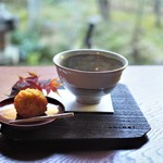 安寧 - 上生菓子と抹茶のセット