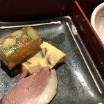 77511608 - コースの                         季節の一品                         《桜えびと野菜の煮こごり》                         《椎茸の玉子寄せ》                         《紅茶鴨の燻製仕立て》