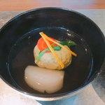 77512667 - 牡蠣真薯のお椀
