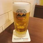 トラッツィオーネ ナゴヤ ウィズ カゴメ - アサヒスーパードライ 生ビール(中)