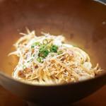 エクアトゥール - フカヒレと蟹の素麺風カッペリーニ