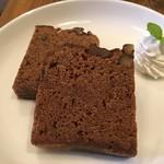 ブラックウェル コーヒー - 黒糖くるみパウンドケーキ