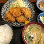 小料理 筑波 - 一口カツ定食 870円。