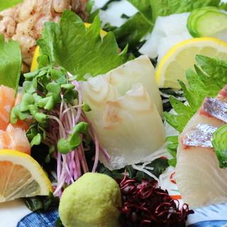 ◇新鮮◇毎朝中央市場から仕入れる鮮魚の絶品お造り