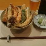 栗天 - 天丼¥1500(穴子、ヒラメ、ワカサギ、カボチャ、海老2匹、玉ねぎ、ピーマン、シメジ)