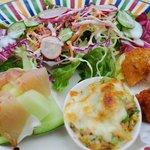 ポコアポコ - 料理写真:ボリュームたっぷりの前菜