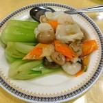 福臨閣 - エビ、イカと野菜炒め