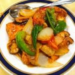 福臨閣 - 豚肉と揚げ豆腐の四川風炒め