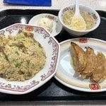 餃子の王将 - 焼きめし定食@680